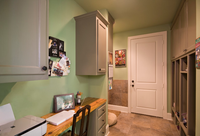 West Feliciana Home traditional-entry