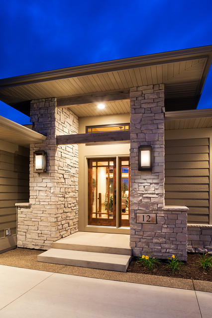 Wilkinson Lake North Oaks Contemporary Entry