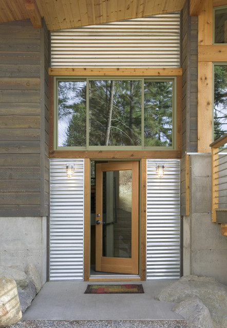 Wintergreen modern entry