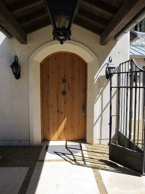 Woodside Estate traditional-entry