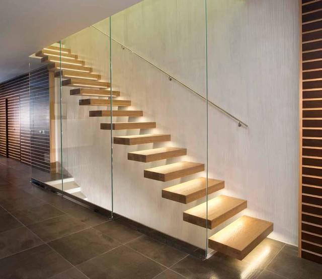 Cu nto cuesta hacer una escalera a medida en casa for Escaleras para caminar fuera del jardin