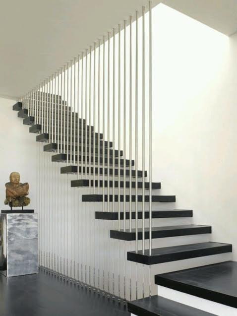 escaleras de diseo en interiores y barandillas cristal y metal