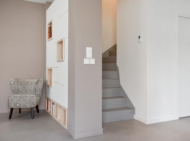 am nagement et d coration d 39 une pi ce vivre dans une maison lyon 08 moderne escalier. Black Bedroom Furniture Sets. Home Design Ideas