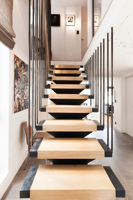 appartement lyon scandinavian staircase lyon by damien carreres. Black Bedroom Furniture Sets. Home Design Ideas