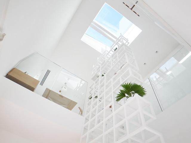 Appartement parisien modern staircase lyon by kozac for Appartement parisien decoration