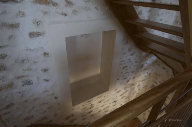 cage d 39 escalier d tail. Black Bedroom Furniture Sets. Home Design Ideas