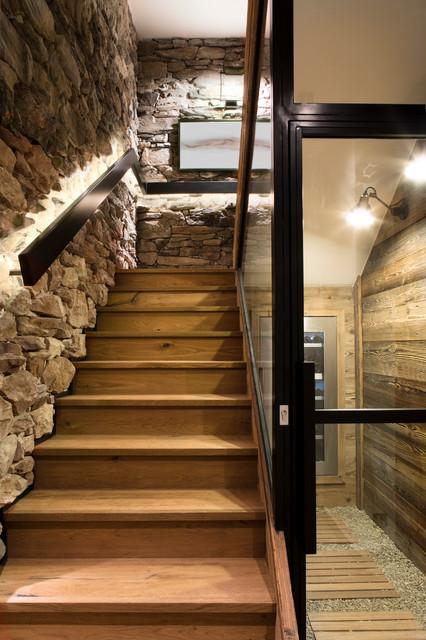 Chalet Meribel rustico-escalera