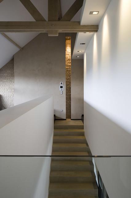 ECOLE DE LA CREATIVITE - Modern - Treppen - Lille - von ...