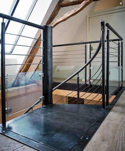 escalier colima on acier. Black Bedroom Furniture Sets. Home Design Ideas
