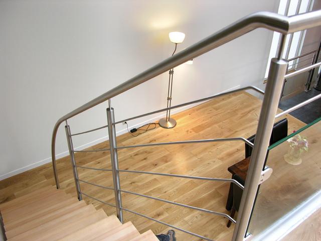 Escalier Droit Design Inox Et Bois Contemporain Escalier Other Metro Par