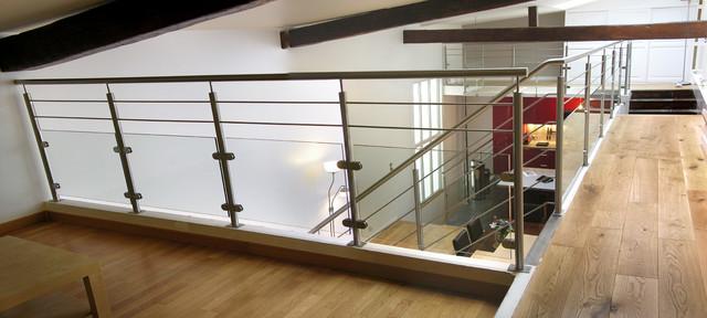 escalier droit design inox et bois contemporain escalier paris par garde. Black Bedroom Furniture Sets. Home Design Ideas