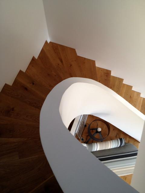 Escalier en arrondi en b ton contemporain escalier - Escalier contemporain beton ...