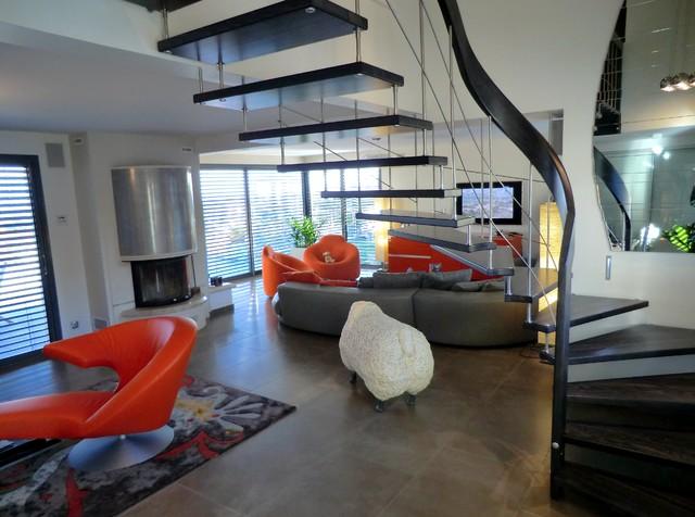 escalier nova modern staircase toulouse by atelier. Black Bedroom Furniture Sets. Home Design Ideas