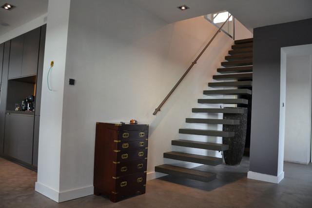 escaliers en porte a faux ou suspendus contemporain escalier lille par billiet escaliers. Black Bedroom Furniture Sets. Home Design Ideas