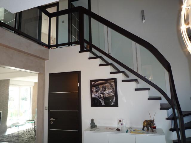 Habillage et garde-corps pour escalier béton - Contemporain ...