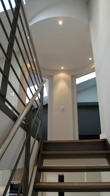 Loft paris 75016 contemporain escalier other metro for Architecte d interieur paris