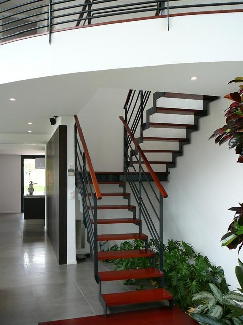 Maison Contemporaine Haut de Gamme - Contemporain - Escalier ...