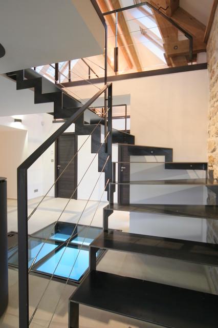 r novation d 39 une ferme plouhinec contemporain escalier brest par jean charles le lay. Black Bedroom Furniture Sets. Home Design Ideas