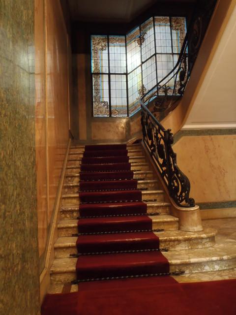 stained glass restoration by france vitrail international. Black Bedroom Furniture Sets. Home Design Ideas
