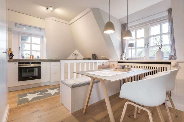 beach house ferienwohnung in keitum auf sylt skandinavisch esszimmer sonstige von home. Black Bedroom Furniture Sets. Home Design Ideas