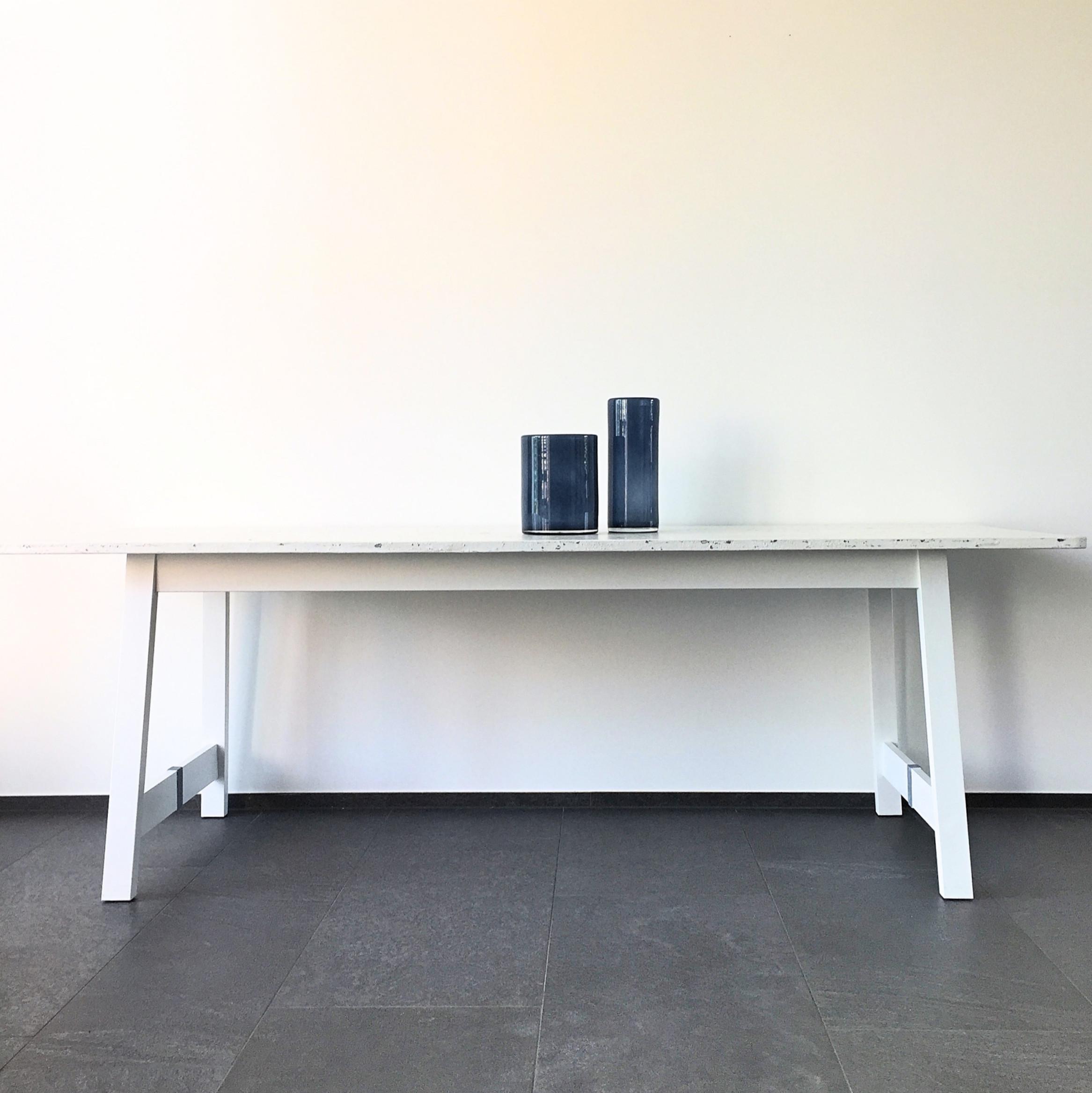 Esstisch Ikea Hack per Fassmalerei