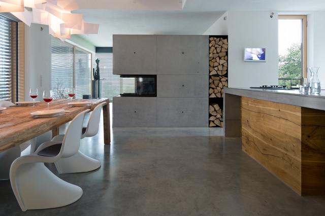 kontrast modern esszimmer m nchen von fabi. Black Bedroom Furniture Sets. Home Design Ideas