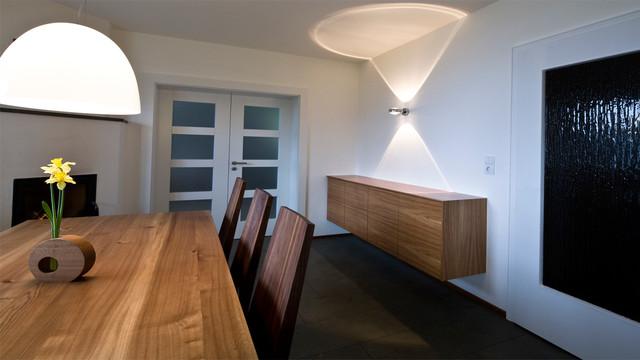 Küche und Esszimmer in Rüster - Modern - Esszimmer - other metro ...