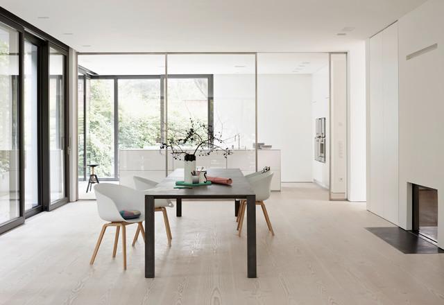 live on stage villa berlin. Black Bedroom Furniture Sets. Home Design Ideas