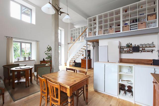 loftwohnung im erdgeschoss. Black Bedroom Furniture Sets. Home Design Ideas