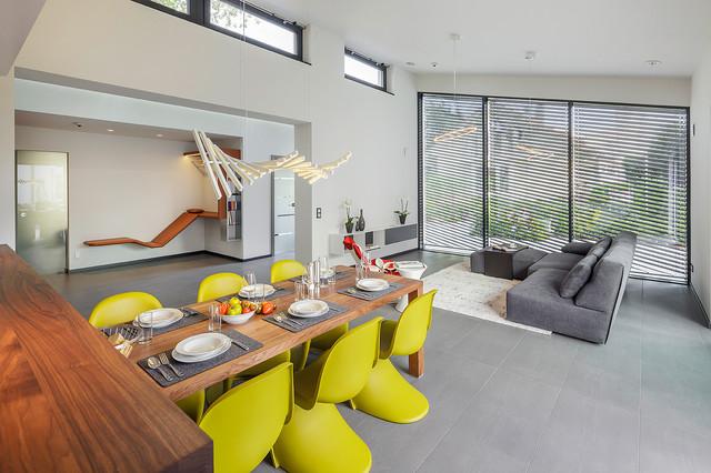 luxhaus musterhaus fellbach stuttgart modern esszimmer n rnberg von lopez fotodesign. Black Bedroom Furniture Sets. Home Design Ideas