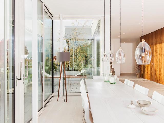 modernes penthouse mit dachterrasse und sommerk che modern esszimmer frankfurt am main. Black Bedroom Furniture Sets. Home Design Ideas