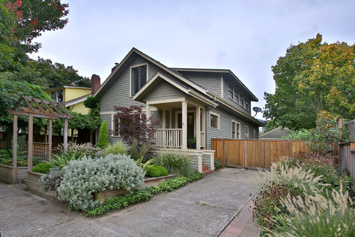 1215 NE THOMPSON ST, PORTLAND OR