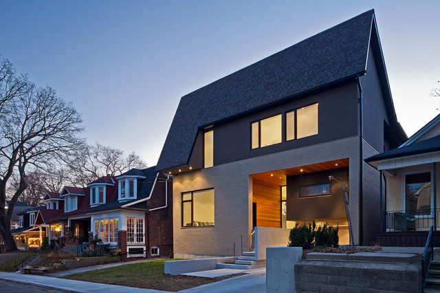 150 w contemporary exterior toronto by peter a for Modern mansard roof