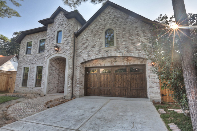 1801 Driscoll Street, Houston TX 77019 traditional-exterior
