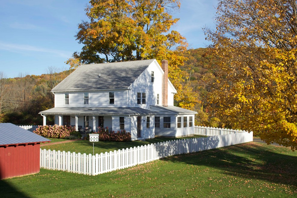 Inspiration for a country exterior in New York.