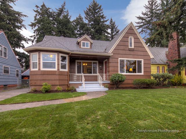 1933 portland craftsman home craftsman exterior for Portland craftsman homes