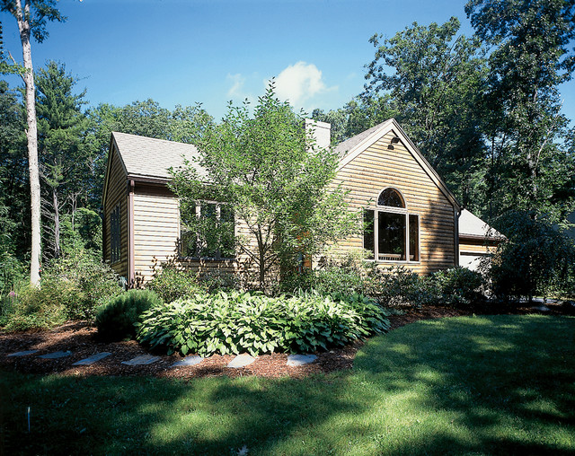 #1975 traditional-exterior