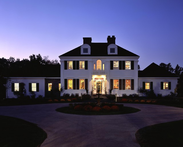 2005 showcase traditional exterior