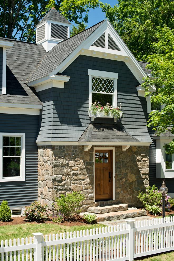 Elegant exterior home photo in New York