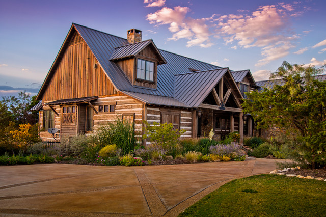 2013 Projects Rustic Exterior Austin By Trestlewood