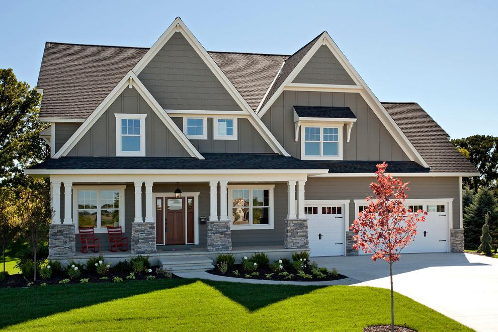 Craftsman exterior home idea in Minneapolis