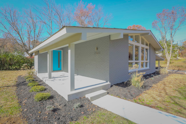 2503 Avalon Cir In Chattanooga Tn By Gary Crowe Of Uptown Firm Llc Midcentury Exterior
