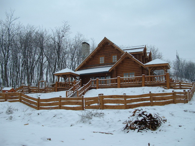 3 Bedroom Log Cabin Traditional Exterior Other Metro