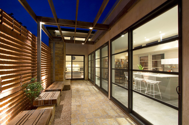 3 homes on a County Courthouse Square - Modern - Exterior - dallas - by Richard Wintersole Architect