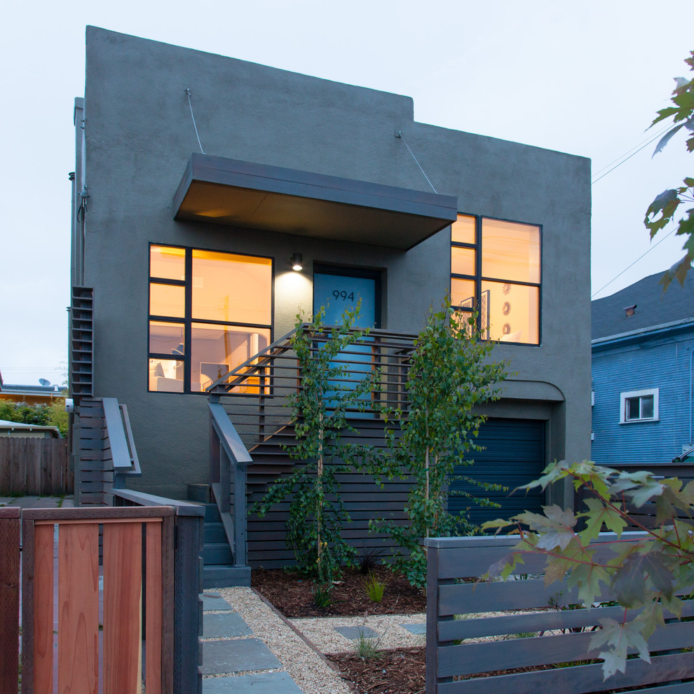 Inspiration for a modern one-story exterior home remodel in San Francisco