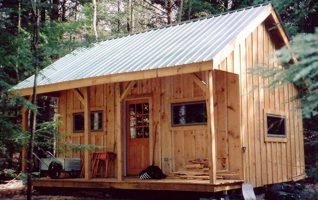 Vermont cottage option a bearing wall porch with loft for Rustic shed with porch