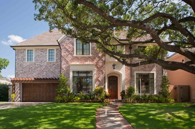A classic family home traditional exterior houston for Classic family home