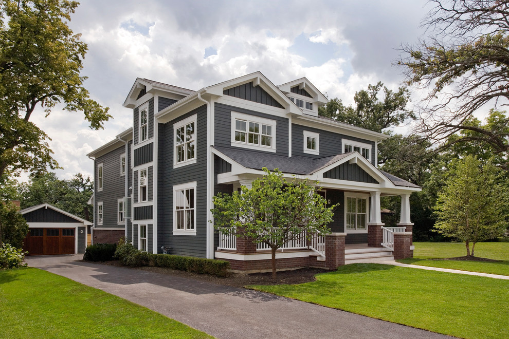 Inspiration for a craftsman three-story exterior home remodel in Chicago