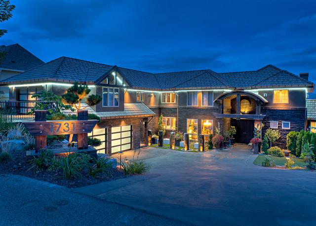 A Dream Renovation in the Beautiful Okanagan Valley! contemporary-exterior
