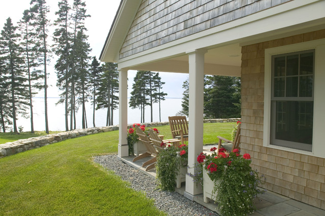 A New Maine Quot Cottage Quot Traditional Exterior Boston